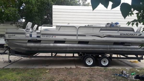 Photo 1999 Starcraft Starfish 240 Pontoon Boat - $10,000 (1604 and Potranco)
