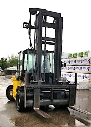 Photo 2001 Hyster Forklift Two Stage (San Antonio)