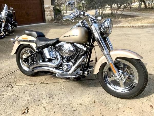 Photo 2004 Harley Davidson Fat Boy - $6,900 (Spring BranchBulverde)