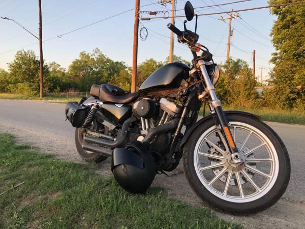 Photo 2009 Harley Davidson sportster 883 with warranty - $3,200 (San Antonio)