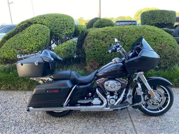 Photo 2012 Harley-Davidson Road Glide Custom FLTRX103 - $14,982 (Harley-Davidson Road Glide Custom)