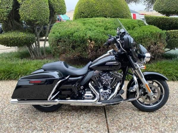Photo 2015 Harley-Davidson Ultra Classic Low - $15,500 (Harley-Davidson Ultra Classic Low)