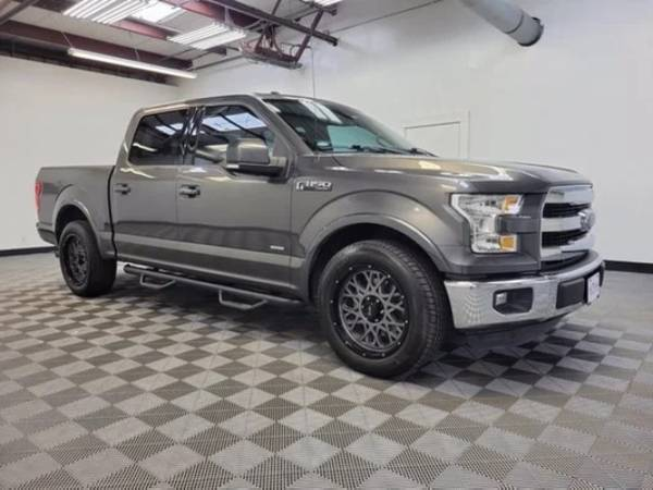 Photo 2016 FORD F150 LARIAT GREAT PRICE GOOD CONDITION CLEAN CARFAX FINANCING AVIL (Call or Text Suri at (210) 571-5045)