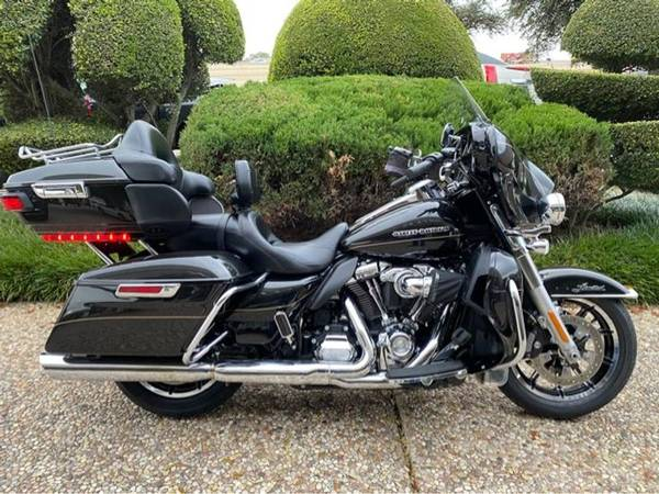 Photo 2017 Harley-Davidson FLHTK Ultra Limited - $18,900 (Harley-Davidson FLHTK Ultra Limited)