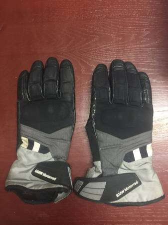 Photo BMW GS Dry motorcycle gloves - $75 (Marfa)