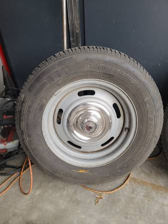 Photo Chevy rally wheels - $400 (East side)