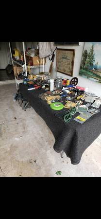 Photo Estate sale (San Antonio)