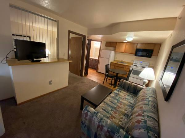 Photo FULLY FURNISHED APARTMENTS FOR RENT TODAY (7880 Fredericksburg Rd)