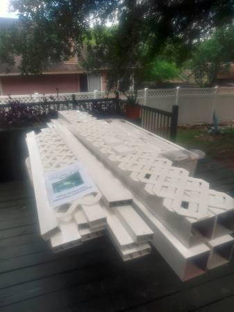 Photo Huge Yard Sale 300 new items (NE San Antonio)
