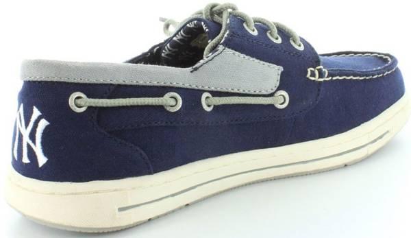 Photo MLB Baseball New York Yankees Shoes - sz 11 - $59 (Stahl Rd  O39Connor Rd (NE of airport)