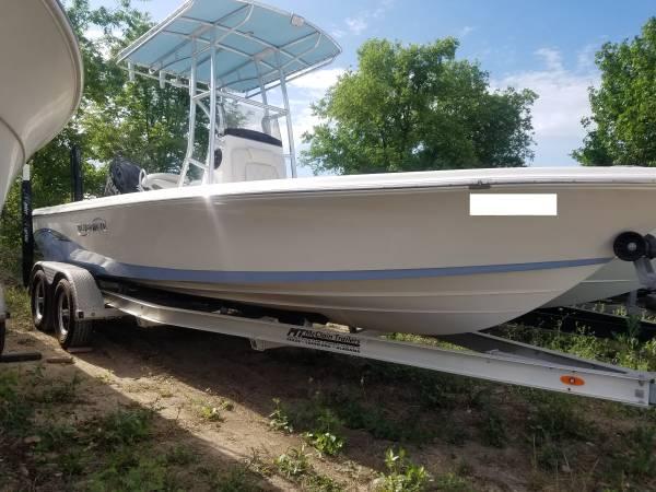 Photo USED BOAT BASICALLY NEW2020 BLUE WAVE 22FT PURE BAY POC WAYNE - $59,995 (SAN ANTONIO,TX)