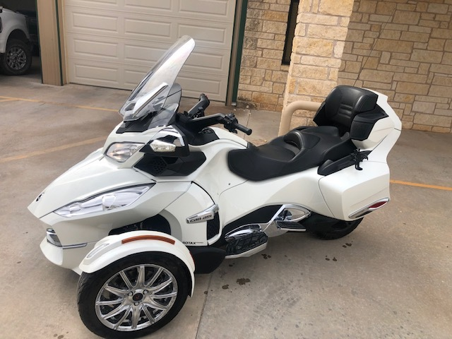 Photo 2013 Can-Am SPYDER RT LIMITED $12900238.65238.65