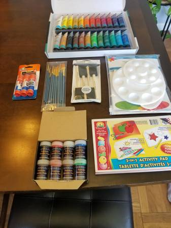 Photo gtgtgt Acrylic Paints and Supplies ltltlt - $45 (Central)