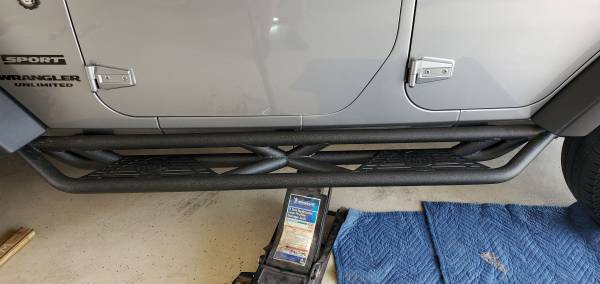 Photo jeep wrangler side steps - $175 (El Paso)
