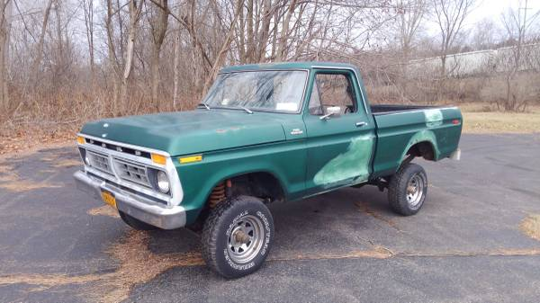 Photo 1977 FORD F150 SHORTBOX 4X4 1978 1979 LIFTED F100 - $4500 (BINGHAMTON)
