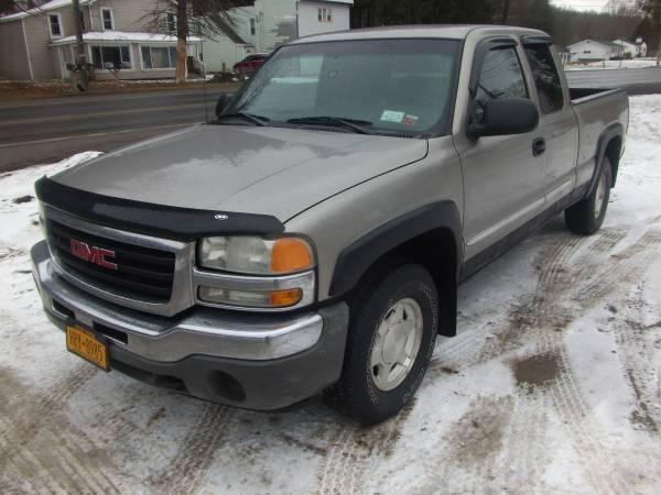Photo 2003 GMC SIERRA EXT CAB - $6500 (28 main st unadilla ny)