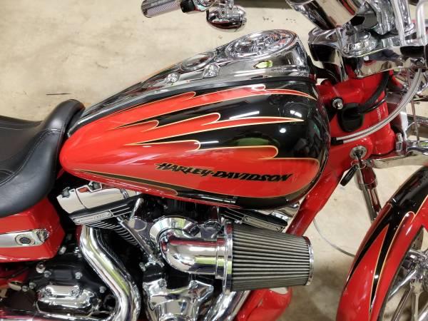 Photo 2007 CVO Screamin Eagle Dyna - $9,000 (binghamton ny)