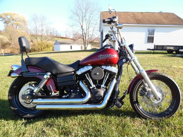 Photo 2010 Harley Davidson Street Bob - $8,000 (Lake Winola)