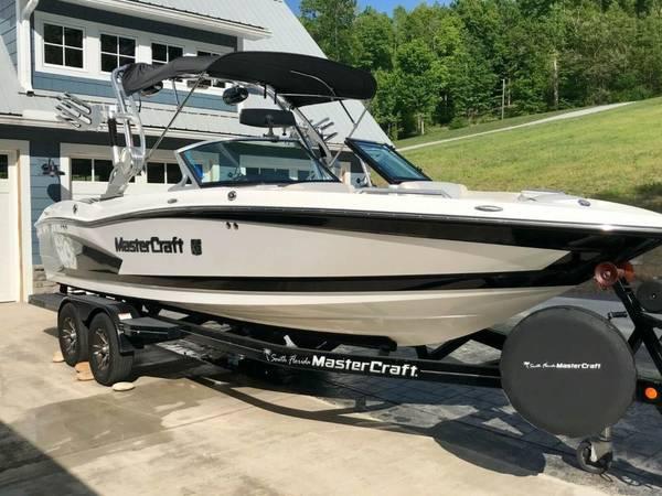 Photo 2014 Mastercraft X30 WakeBoard  Wakesurf Boat - $56500