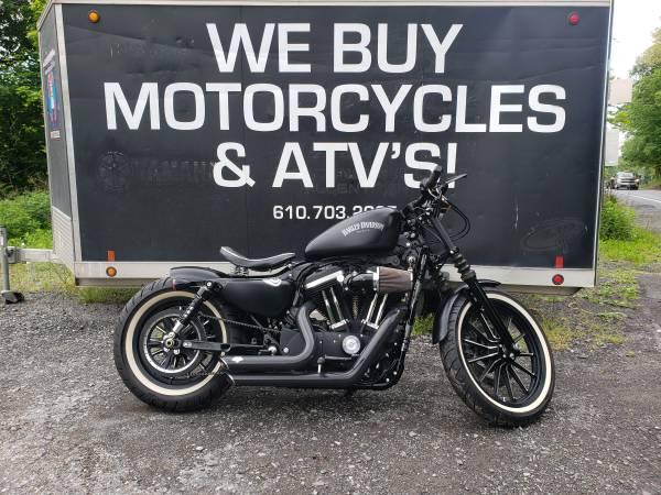 Photo 2015 Harley Davidson XL 883 Iron ONLY 3400 MILES - $7,499 (NESQUEHONING)
