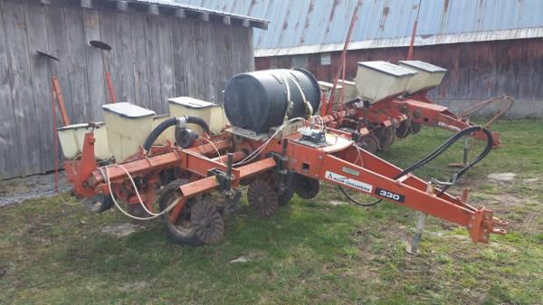 Photo Allis Chalmers Corn Planters - $2200 (Bridgewater, NY)
