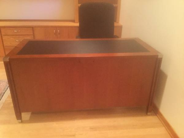 Photo Desk with Leather Top and High Back Office Chair - $145 (Vestal)
