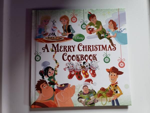 Photo NEW Disney A Merry Christmas Cookbook Hardback RECIPES HOLIDAY PHOTOS - $5 (Endwell)