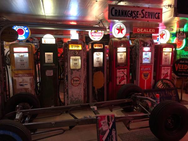 Photo OLD GAS PUMP, sign, signs, OR PUMPS WANTED ALSO COLLECTING OLD SIGNS (AKRON NY)