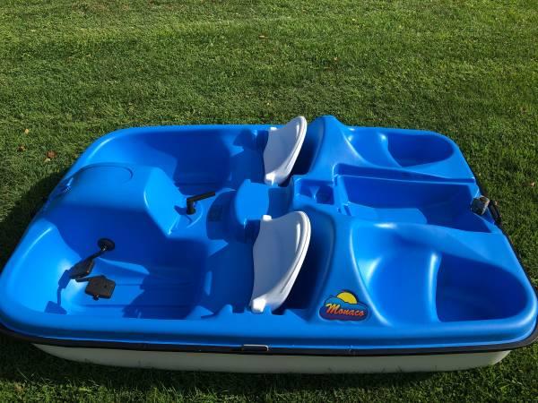 Photo Pedal boat, Monaco by Pelican paddle boat - $400 (vestal)