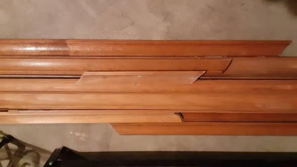 Photo Reclaimed Interior Wood Crown Moulding - $25 (Greene)