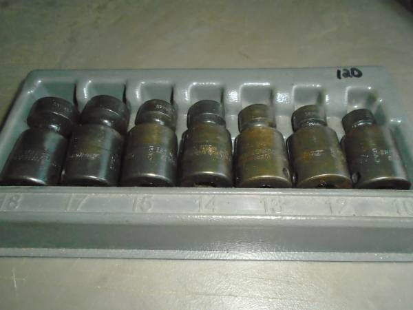 Photo snap on 38dr. metric wobble socket set - $120 (Binghamton)