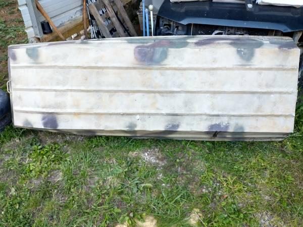 Photo 10ft camo Sears GameFisher John Jon boat - $275 (NRV)
