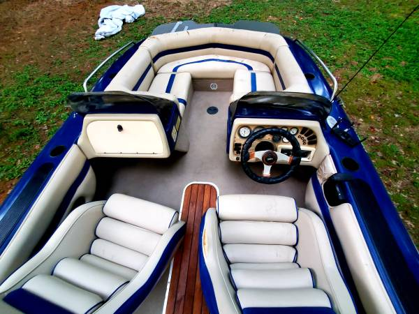 Photo 1995 Harris Corso 180 Flote Dek Deck Boat - $8,499 (Lexington NC)