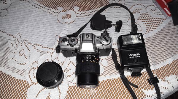 Photo Minolta 35 mm XG-M - $50 (Moneta)