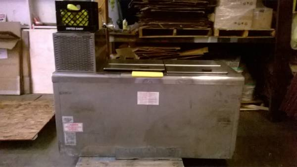 Photo NELSON VBD-10T ICE CREAM TRUCK FREEZER NICE COLD PLATE UNIT - $2500 (Downtown)