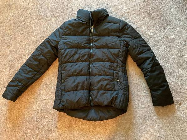 Photo Old Navy fleeced lined puffer jacket - $5 (Blacksburg)