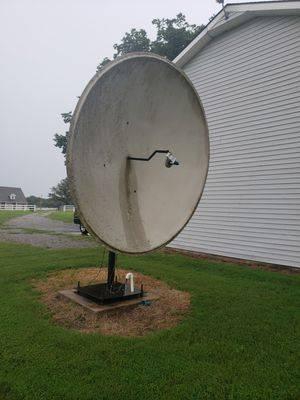 Photo Old Satellite Dish 14 foot (Blacksburg)