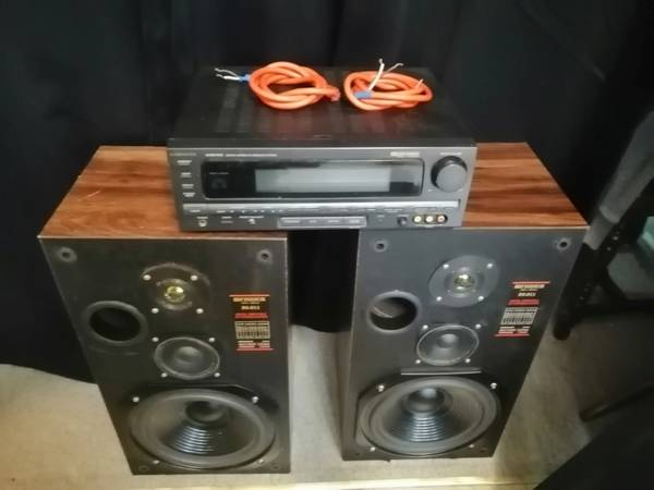 Photo Old School Stereo System with new drivers - $120 (christiansburg)