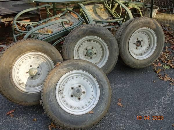 Photo Old school, Center Line wheels 14quot Chevy - $125 (shawsville)