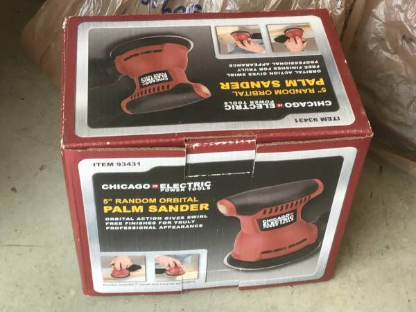 Photo PALM ORBITAL SANDER 5 CHICAGO ELECTRIC (NEW IN BOX) - $20 (Vinton)
