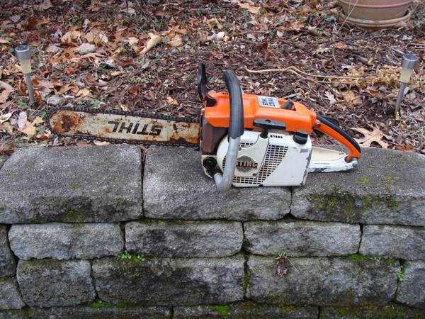 Photo Stihl 031AV chainsaw nice vintage running saw. 163939 bar and chain - $149 (Radford)