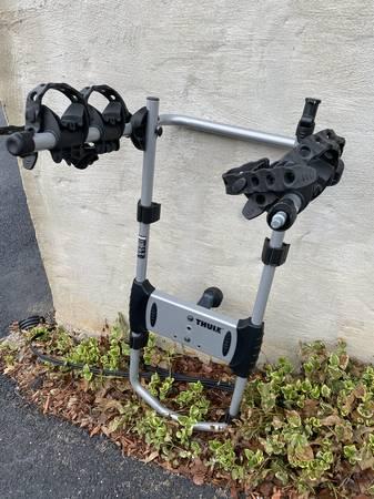 Photo Thule 963pro spare tire mount 2-bike rack - $150 (Christiansburg)