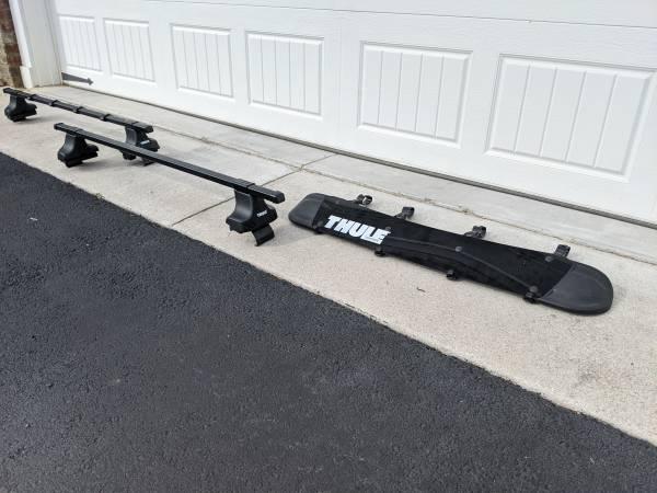 Photo Thule Roof Rack Kit (foot pad kit for 2009-Honda Fit) - $250 (Blacksburg)