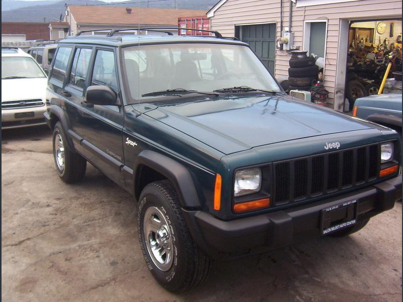 Photo Used 1998 Jeep Cherokee 4WD Sport 4-Door for sale
