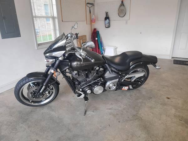 Photo Yamaha Road Star Warrior - $5,500 (Roanoke)