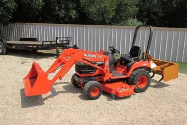 Photo fully loaded utility tractor Belly Mower - $1,060 (Montgomery)