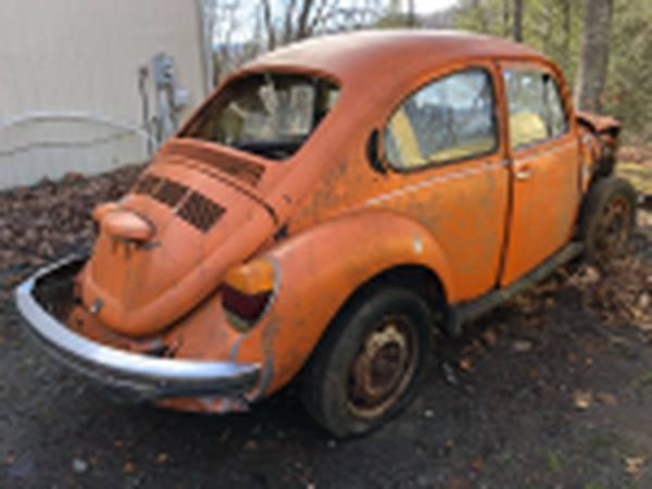 Photo 1973 Volkswagen Super Beetle Shell Parts Car Part Out VW - $300 (Boone, Nc)
