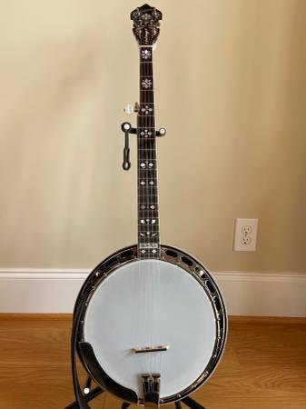 Photo 2005 Gibson Earl Scruggs Standard Banjo - $4300 (West Jefferson)