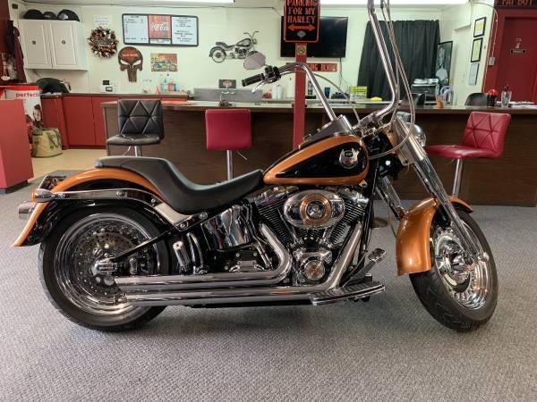 Photo 2008 Harley Davidson Fat Boy 105th Anniversary - $10,500 (Lexington S.C.)