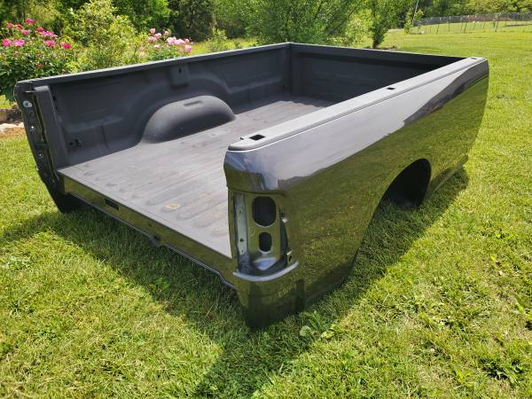 Photo 2018 Dodge Ram 8FT Truck Bed Box NEW TAKE OFF - $1,500 (Elizabethton)